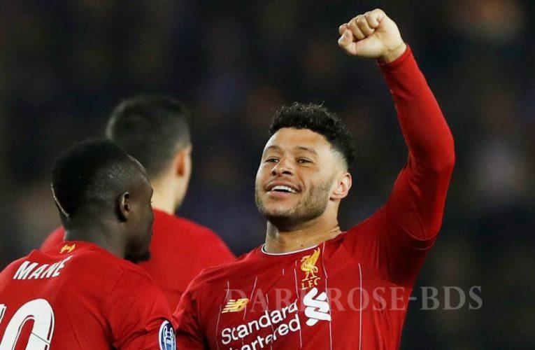 Alex Oxlade-Chamberlain ยิงสองลูกให้ Liverpool ชนะ