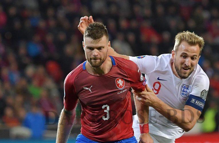 England 1-2 Czech Republic: ค่ำคืนแห่งความวุ่นวายใจของ Southgate