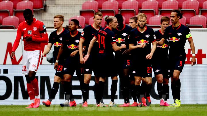 Hertha Berlin ยิงท้ายเกมเสมอ Leipzig 2-2