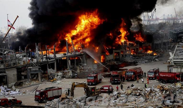 ไฟไหม้ท่าเรือ Beirut เพียงเดือนเดียวหลังเกิดเหตุระเบิดใหญ่