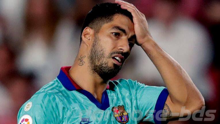 Luis Suarez ถูกสงสัยว่าโกงข้อสอบภาษาอิตาลี